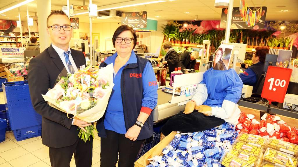 Sarahpop voor Margret Sier-Plat bij DEEN Van Baarstraat - Nieuw-Volendam