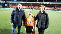 Tom Plugboer mascotte van FC Volendam