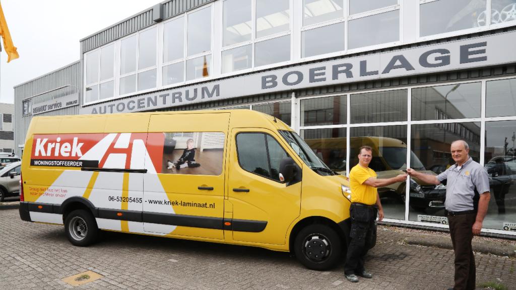 Super Nieuwe Renault-bus voor Kriek de Woningstoffeerder   Nieuw-volendam.nl PC29