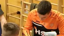 FC-speler op Kofschip voor 'Scoor een boek!'