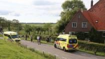 Porsche uit de bocht gevlogen op Hoogedijk