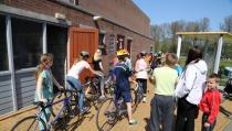 Eerste fietsclinic met recordaantal deelnemers
