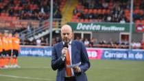 Indrukwekkende herdenking overledenen bij FC Volendam