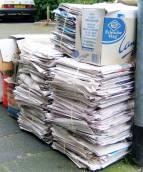Papierophalen door De Zangertjes van Volendam tijdens de Bouwvak 2019