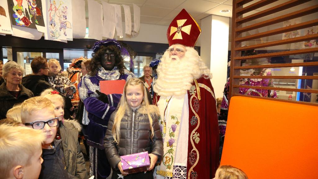 Sinterklaasbezoek Aan De Rabobank Nieuw Volendam Nl