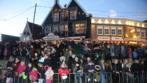 Sfeervolle Sinterklaasintocht in Volendam
