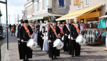 Optredens van Fanfarecorps en de Tamboers