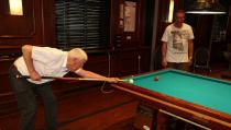 Kees Bond winnaar biljarttoernooi bandstoten
