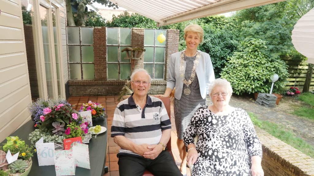 Diamanten echtpaar Van Teijlingen in Middelie - Nieuw-Volendam